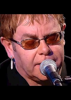 Elton John - Don't Let The Sun Go Down On Me (Live)